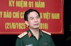 Vietnam forges defence ties with US, Cambodia