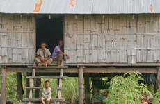 WB helps Cambodia carry out social welfare project