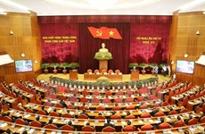 Party chief signs resolution on renewing growth model