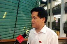 Constituents pay attention to economic restructuring