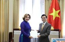 Vietnam, Colombia look to stronger relations