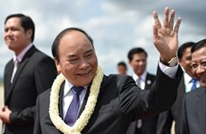 Prime Minister arrives in Cambodia for CLV9