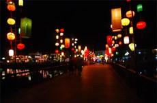 Hoi An lit up with lanterns