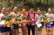Vietnamese join Lao celebrating Bunpimay