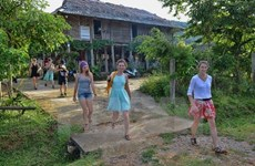APEC seeks to promote sustainable tourism development