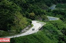 Hai Van Pass most challenging road