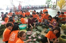 Square cakes as Tet gifts for underprivileged people