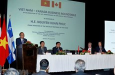 PM introduces investment opportunities to Canadian firms