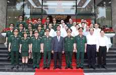 PM Nguyen Xuan Phuc commends Viettel's achievements