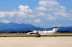 Van Don int'l airport welcomes first plane