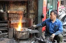 Last blacksmith in Hanoi's Old Quarter