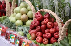 Cheaper food drives inflation down in March