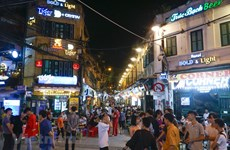 "Hanoi's ""Western Street"" busy again after social distancing lifted"