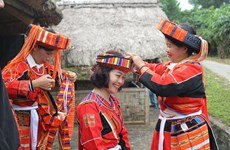 Traditional wedding of Pa Then ethnic minority reenacted in Hanoi cultural village