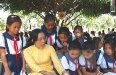 Teacher training curricula development discussed