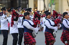Police enforce music at int'l concert