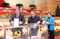 Officials, people hail Party Central Committee election