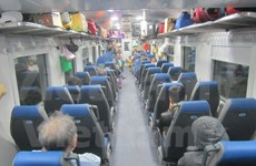 New trains launched on North-South route for Tet holiday