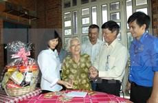 "Vinh Long: ""Heroic mother"" title bestowed on 139 women"