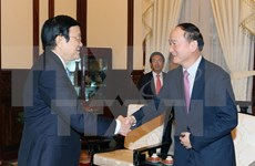President asked Samsung to help with developing support industry