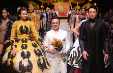 Domestic designers storm Vietnam International Fashion Week