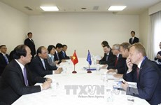 PM meets foreign leaders on expanded G7 Summit sidelines