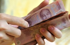Civil servants base salary up 5 percent