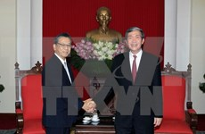 Party official greets Japanese Ambassador