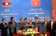 Agreements facilitate Vietnam-Laos trade