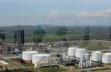 Prime Minister supports refinery tax cut proposal