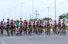 Cyclists race for charity in central region