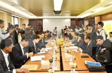 Vietnam, Cambodia review land border demarcation