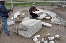 Big stones unearthed at central citadel