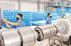 Plastic sector under pressure from foreign firms