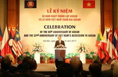 PM chairs ceremony to mark 50th founding anniversary of ASEAN
