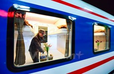 New experience on most modern 'five-star' trains in Vietnam