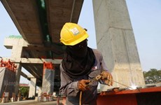 Thailand considers daily minimum wage increase