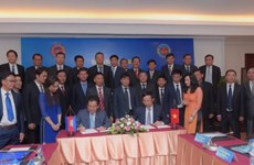 Vietnamese, Cambodian customs bolster cooperation