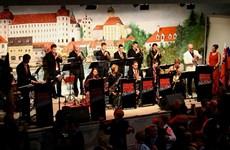 German folk music bewitches Hanoi audiences