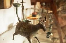 Vietnam's oil lamp through historical periods