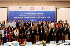 17 countries discuss ways to develop human resources in digital era
