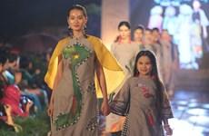 Special 'Ao dai' show honours traditional values of Vietnam