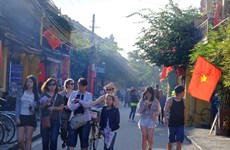 Tourism market busy ahead of Tet holiday