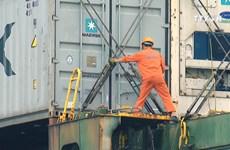 Vietnam books 1.8 billion USD trade surplus in seven months