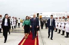 Australian PM begins official visit to Vietnam