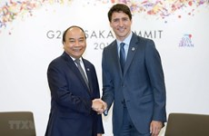 Prime Minister Nguyễn Xuân Phúc meets with his Canadian PM at G20