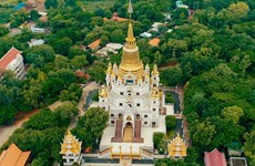 Buu Long - One of the most beautiful Buddhist pagodas in the world