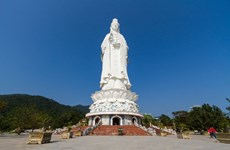 Gigantic statue of Lady Buddha at Linh Ung Pagoda