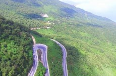 Hai Van pass: The best coast road in Central Vietnam