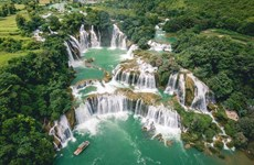 Ban Gioc Waterfall - A wonder in the border area